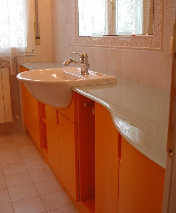 Mobile per bagno realizzato su misura