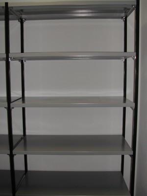 Scaffali Di Metallo Componibili.Scaffale In Metallo Componibile Progetto Arredo