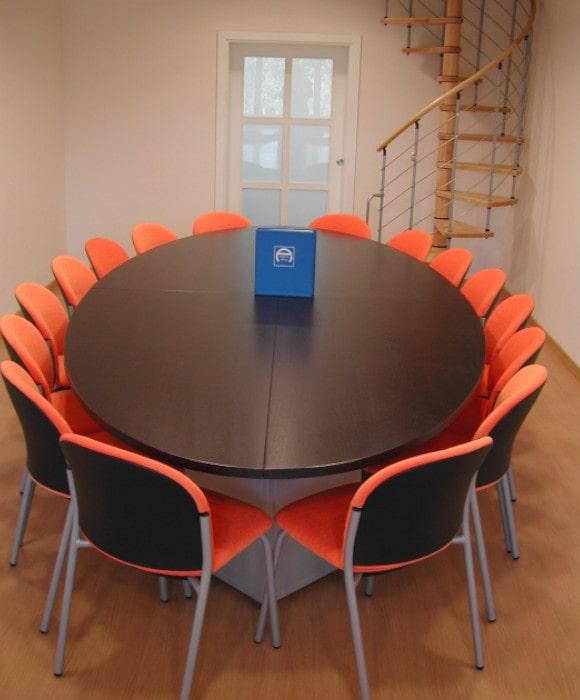 Tavoli per riunione finitura weng progetto arredo - Tavolo riunioni ovale ikea ...